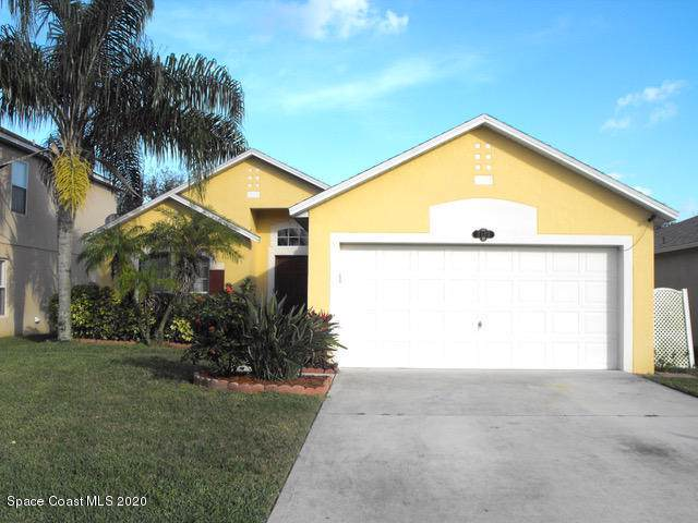 2123 Raleigh Drive, Titusville, FL 32780 (MLS #865123) :: Premium Properties Real Estate Services