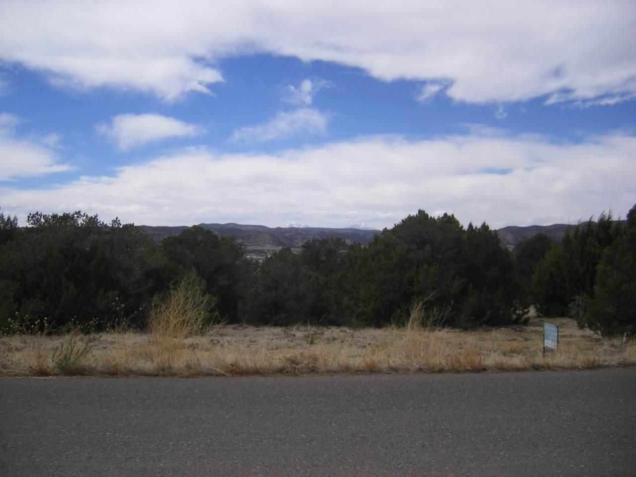 307 Garrett Drive - Photo 1