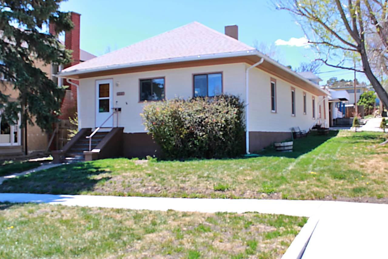 1221 Arizona Ave - Photo 1