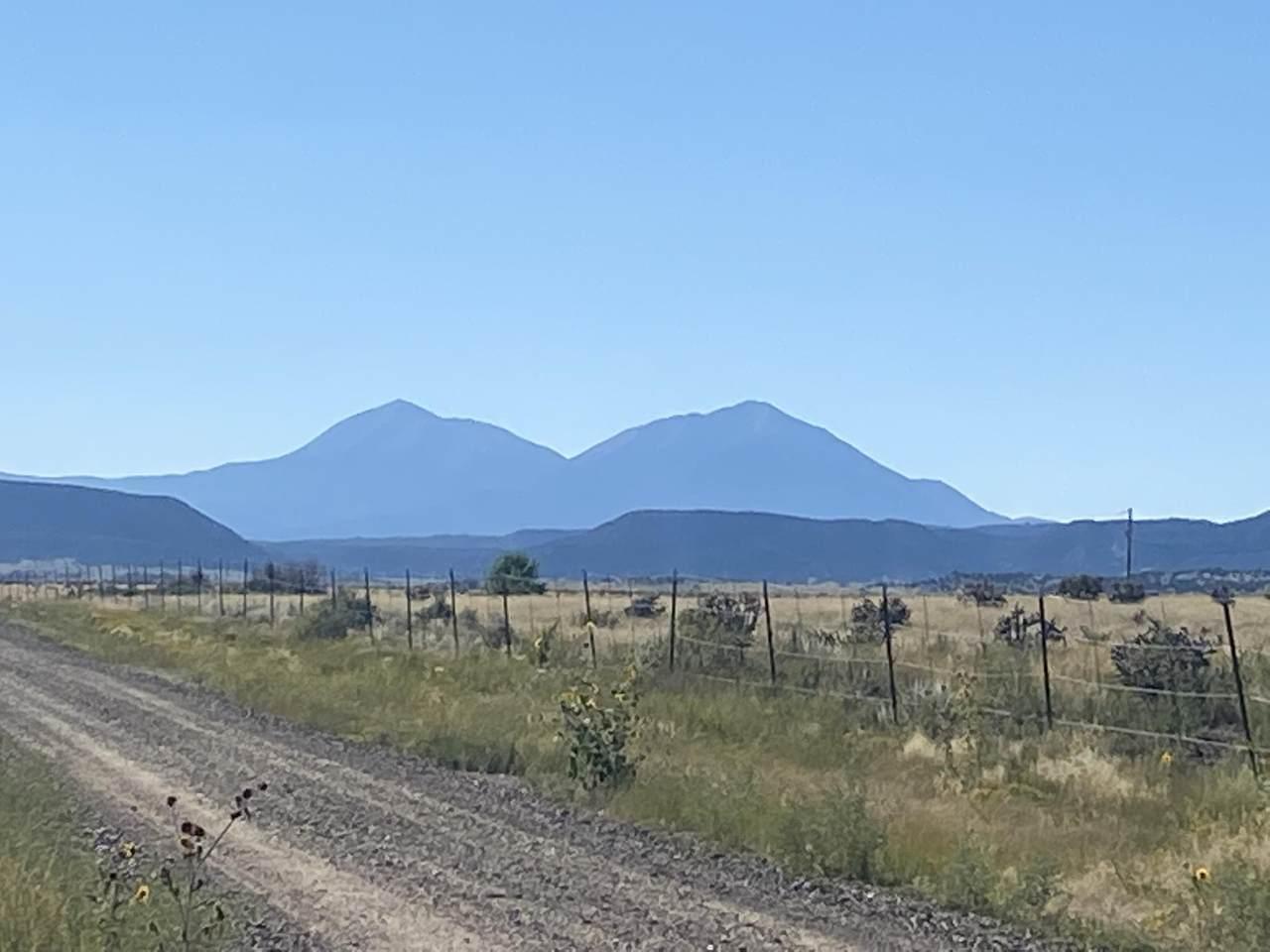 22980 Blackhills Drive - Photo 1