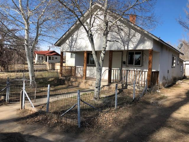 220 Pinon St, Walsenburg, CO 81089 (MLS #19-295) :: Big Frontier Group of Bachman & Associates