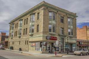 403 Commercial St - Photo 1