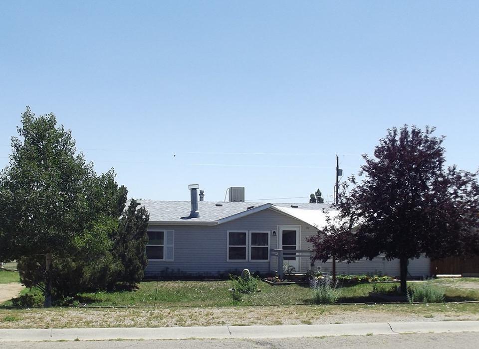 110 Stout Ave - Photo 1