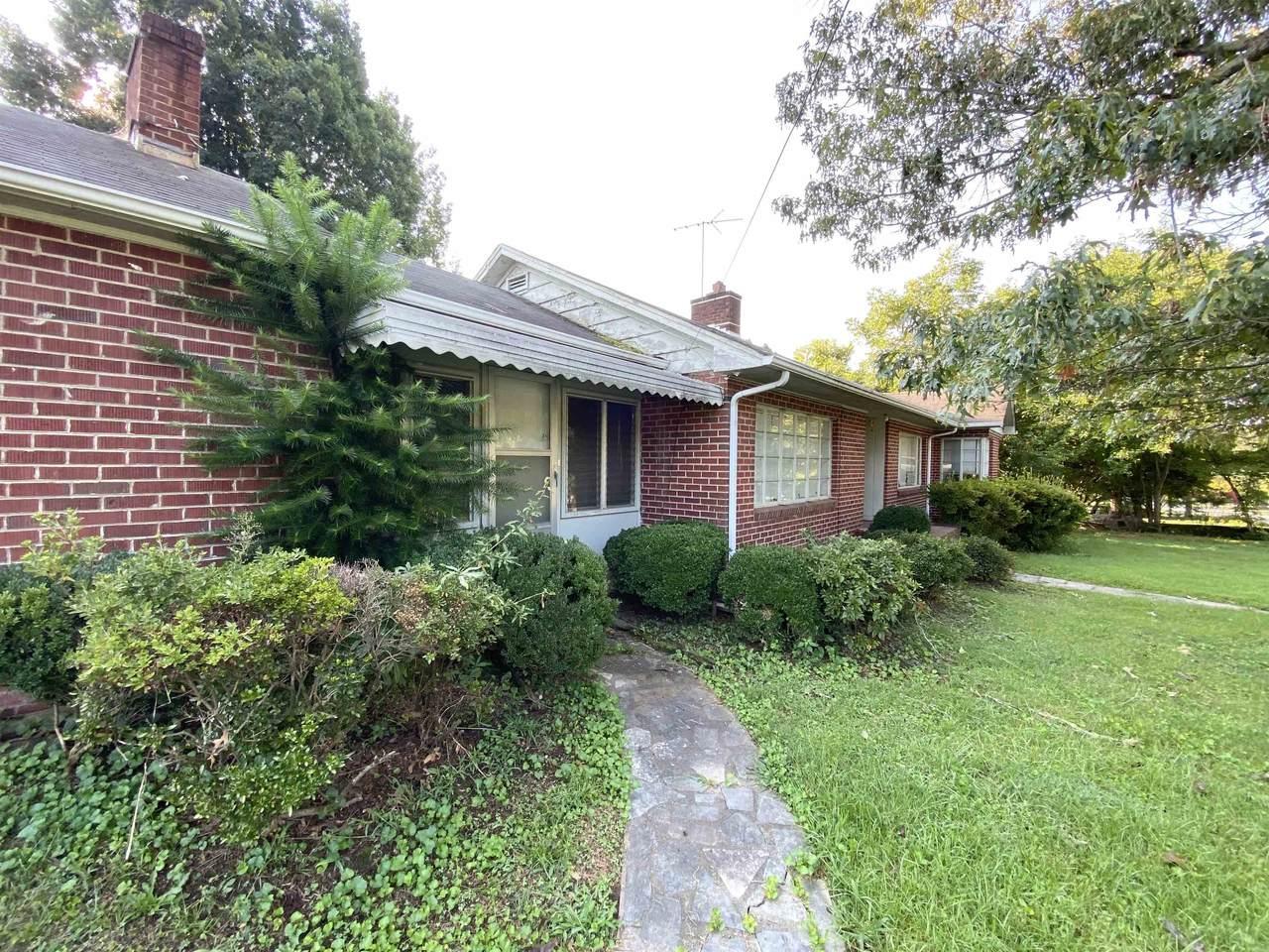 418 N Alabama Ave - Photo 1