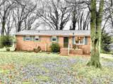 140 Oak Circle - Photo 1