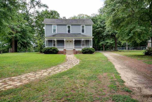 301 W Farley Avenue, Laurens, SC 29360 (#252238) :: Century 21 Blackwell & Co. Realty, Inc.