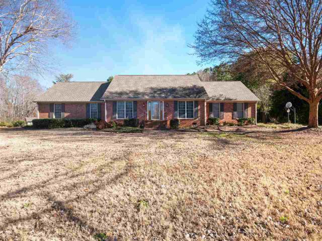 1215 Shadowood Drive, Spartanburg, SC 29301 (#257596) :: Century 21 Blackwell & Co. Realty, Inc.