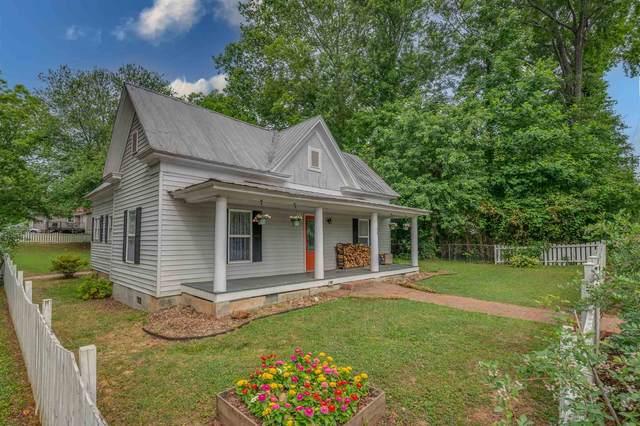 310 S Lee Avenue, Landrum, SC 29356 (#281199) :: Expert Real Estate Team