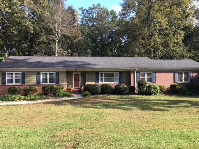 118 Hillbrook Drive, Spartanburg, SC 29307 (#256346) :: Century 21 Blackwell & Co. Realty, Inc.