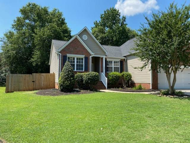 240 Silverbell Dr, Boiling Springs, SC 29316 (#272840) :: Century 21 Blackwell & Co. Realty, Inc.