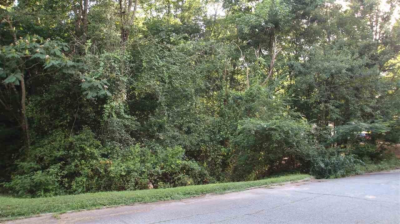 422 Meadow Drive - Photo 1