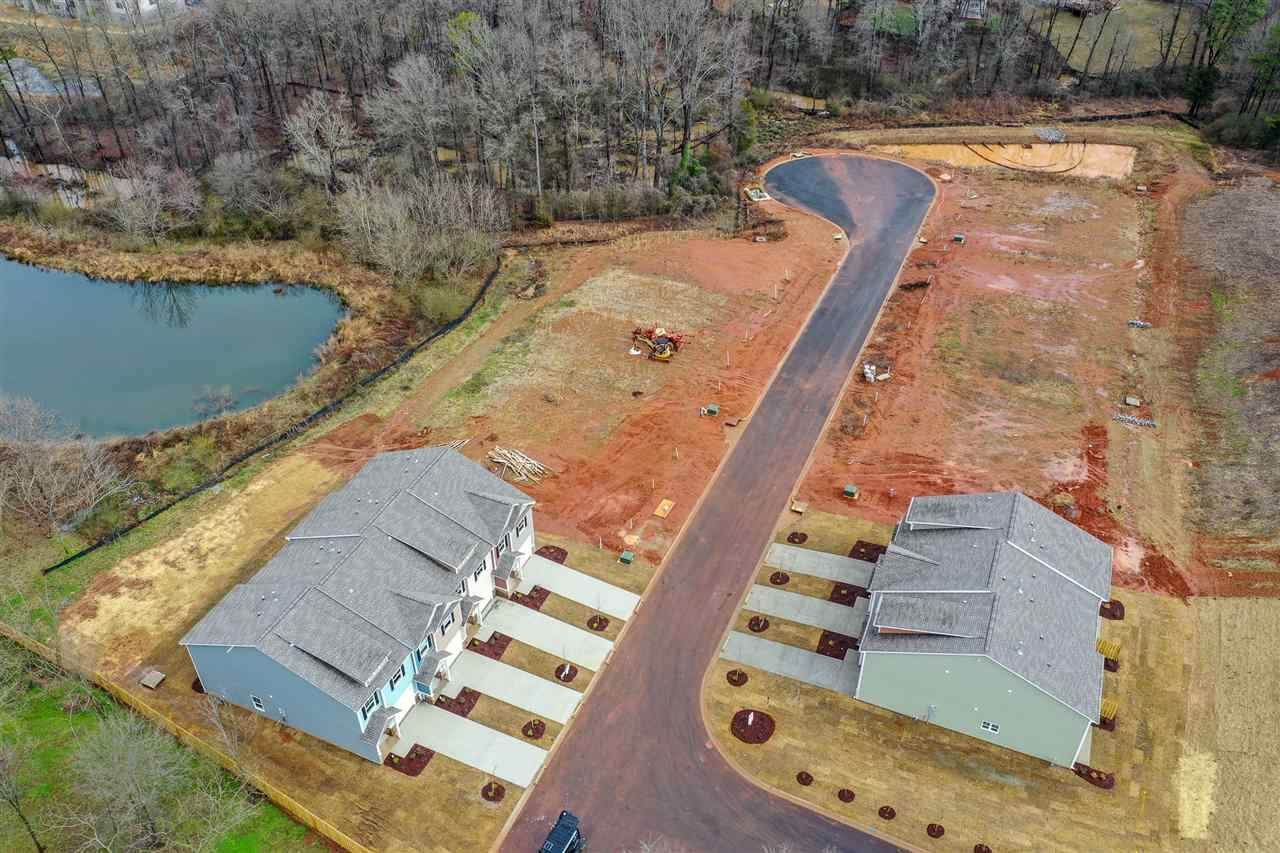 121 Valley Creek Drive - Photo 1