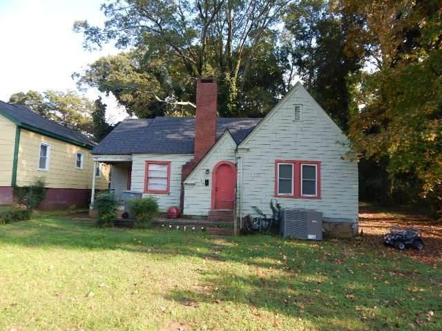 355 Saint Andrews, Spartanburg, SC 29306 (#275670) :: Rupesh Patel Home Selling Team