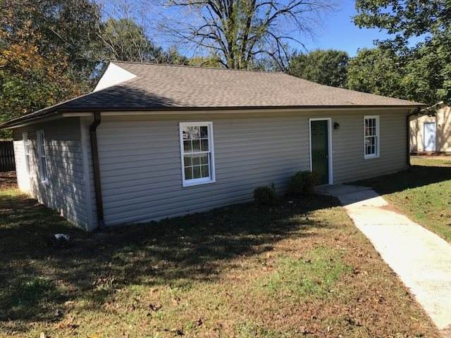 4 Windmill Drive, Wellford, SC 29385 (#275730) :: Rupesh Patel Home Selling Team