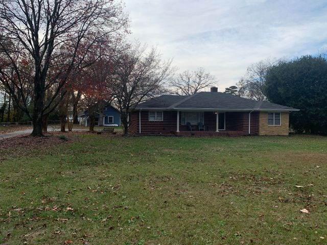 3023 N Blackstock Road, Spartanburg, SC 29301 (#276675) :: DeYoung & Company