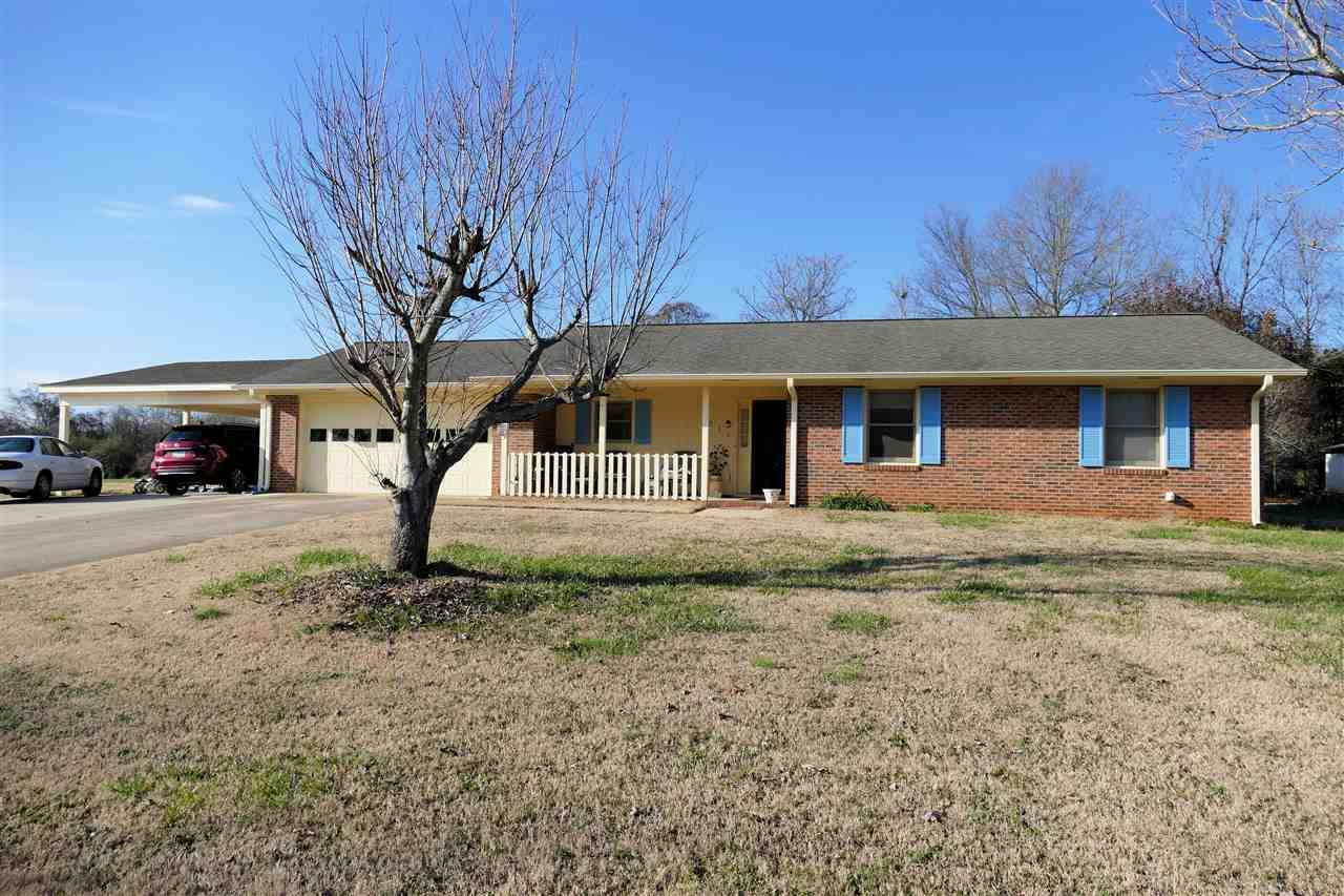 612 Winchester Dr - Photo 1