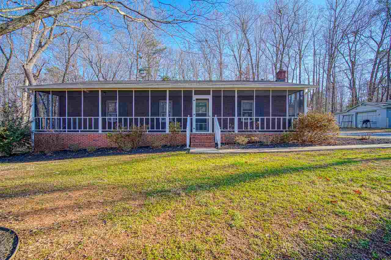 120 Whispering Pines Rd - Photo 1