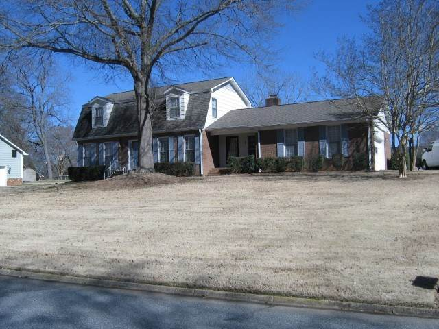 317 Londonberry Drive, Spartanburg, SC 29301 (#278792) :: Expert Real Estate Team