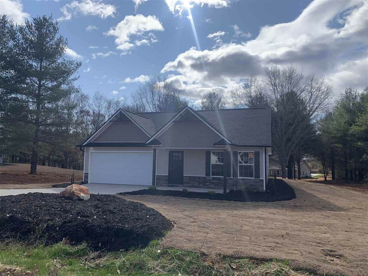 1046 Foster's Grove Rd - Photo 1