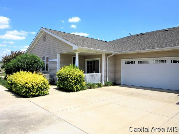 3420 E Pinyon Dr, Springfield, IL 62711 (MLS #173775) :: Killebrew & Co Real Estate Team