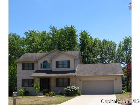18 Spring St, Riverton, IL 62561 (MLS #174569) :: Killebrew & Co Real Estate Team