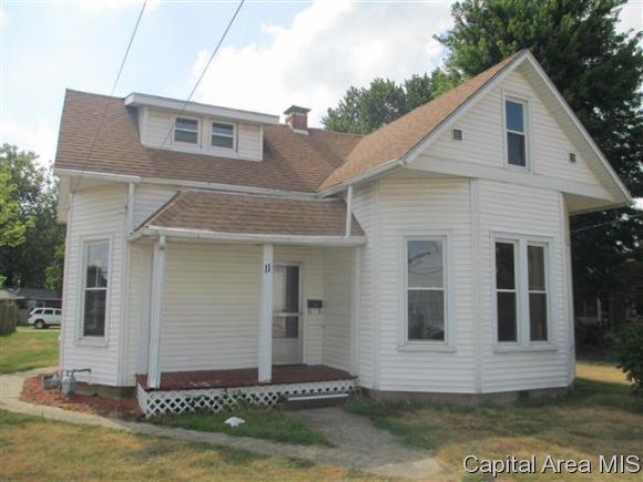 11 N Commercial St, Winchester, IL 62694 (MLS #174979) :: Killebrew & Co Real Estate Team