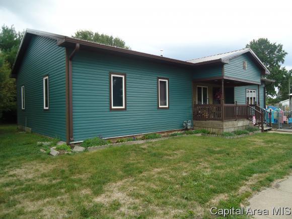 204 E Franklin Street, Ashland, IL 62612 (MLS #175907) :: Killebrew & Co Real Estate Team