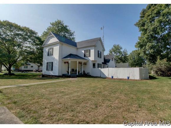 104 W Gibson St, New Berlin, IL 62670 (MLS #176127) :: Killebrew & Co Real Estate Team
