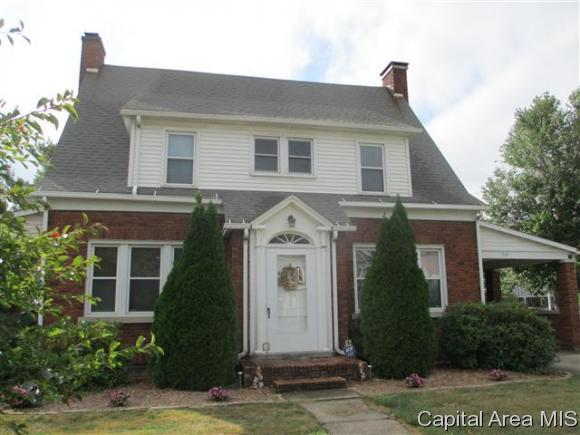 319 N Main St, Winchester, IL 62694 (MLS #176712) :: Killebrew & Co Real Estate Team