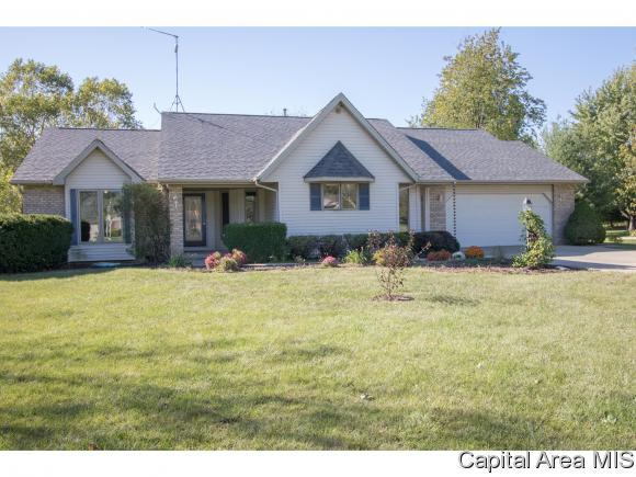 11429 Timber View Ln, Athens, IL 62613 (MLS #176778) :: Killebrew & Co Real Estate Team