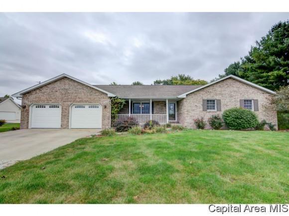 8188 Cardinal Hill, Rochester, IL 62563 (MLS #176932) :: Killebrew & Co Real Estate Team
