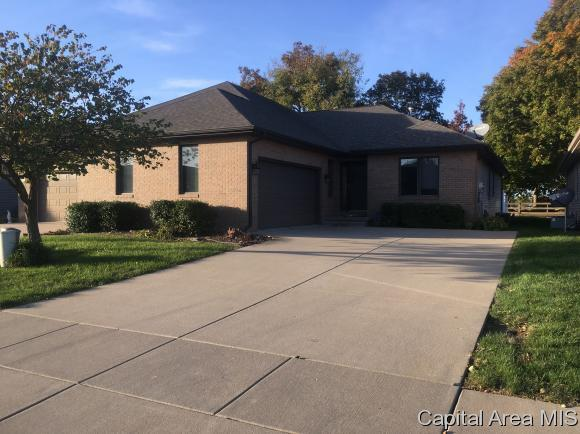 4117 Highbury Drive, Springfield, IL 62711 (MLS #177262) :: Killebrew & Co Real Estate Team