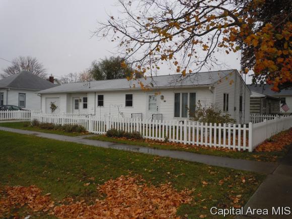 180 N Chamberlain, ROSEVILLE, IL 61473 (MLS #177280) :: Killebrew & Co Real Estate Team