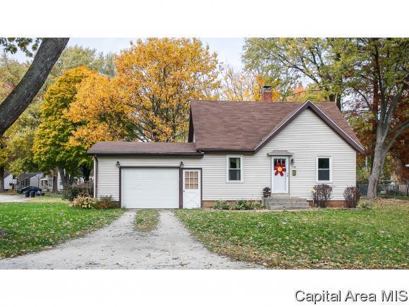2101 Hood Street, Springfield, IL 62703 (MLS #177340) :: Killebrew & Co Real Estate Team