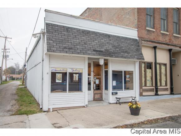 149 S Pearl St, Waverly, IL 62692 (MLS #177391) :: Killebrew & Co Real Estate Team