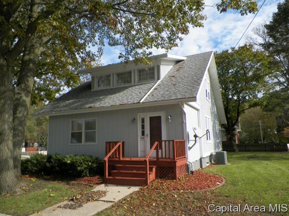 110 N Depot Street, Altona, IL 61414 (MLS #177415) :: Killebrew & Co Real Estate Team
