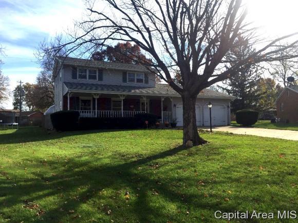 120 Willow Ct, Rochester, IL 62563 (MLS #177542) :: Killebrew & Co Real Estate Team