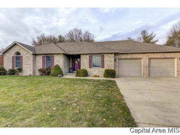 2403 Hampton Dr, Chatham, IL 62629 (MLS #177563) :: Killebrew & Co Real Estate Team