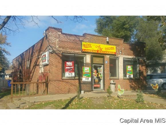 1402 E Hickory St, Decatur, IL 62526 (MLS #177577) :: Killebrew & Co Real Estate Team