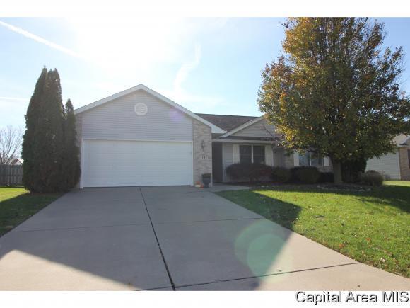 110 Brookside Glen Dr, Sherman, IL 62684 (MLS #177615) :: Killebrew & Co Real Estate Team