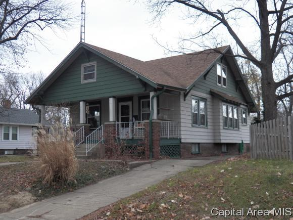 2428 S 10th, Springfield, IL 62703 (MLS #177800) :: Killebrew & Co Real Estate Team