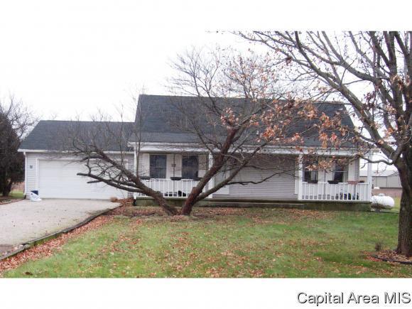 12880 Walnut Woods, Pleasant Plains, IL 62677 (MLS #178107) :: Killebrew & Co Real Estate Team