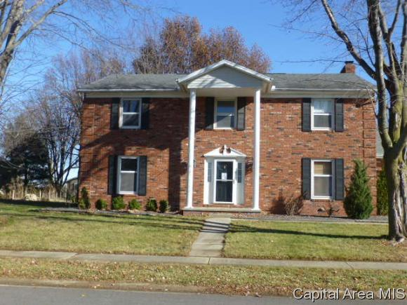 108 Landsdowne, Sherman, IL 62684 (MLS #178108) :: Killebrew & Co Real Estate Team