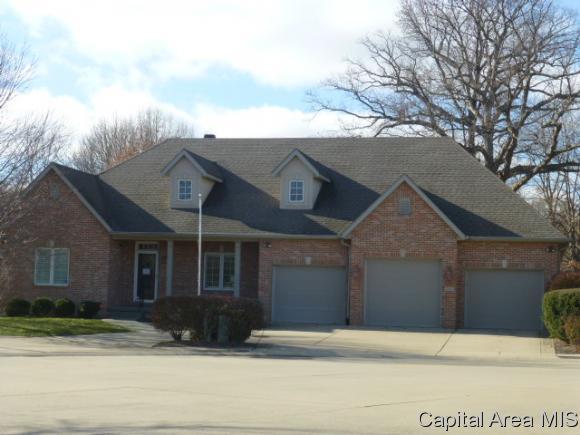 3116 Ironoak Circle, Springfield, IL 62711 (MLS #180415) :: Killebrew & Co Real Estate Team