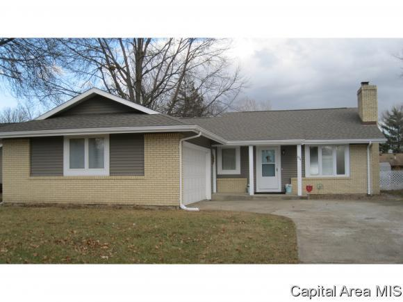 224 N Durkin, Springfield, IL 62702 (MLS #180418) :: Killebrew & Co Real Estate Team