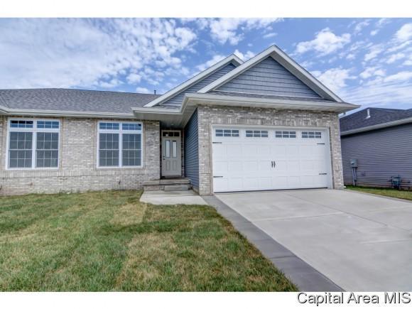 4651 Thompson Rd, Springfield, IL 62711 (MLS #180428) :: Killebrew & Co Real Estate Team