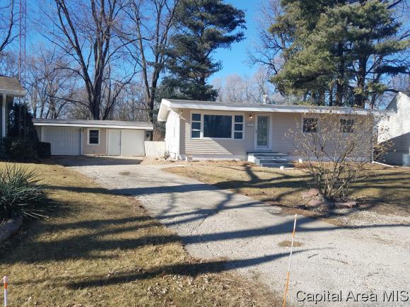 1706 Pickett St  (Court), Springfield, IL 62703 (MLS #180625) :: Killebrew & Co Real Estate Team