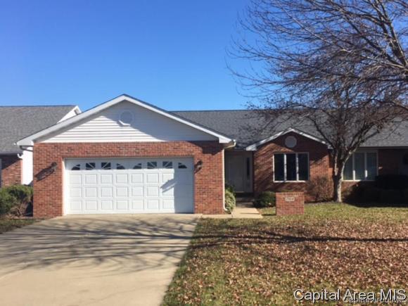 7014-7016 Piper Glen Dr, Springfield, IL 62711 (MLS #180830) :: Killebrew & Co Real Estate Team