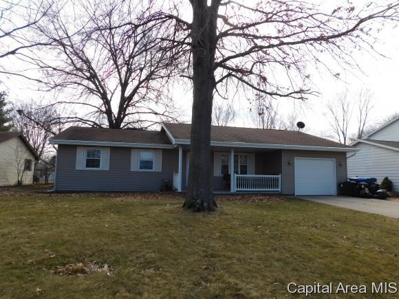 826 Cypress, Chatham, IL 62629 (MLS #180832) :: Killebrew & Co Real Estate Team