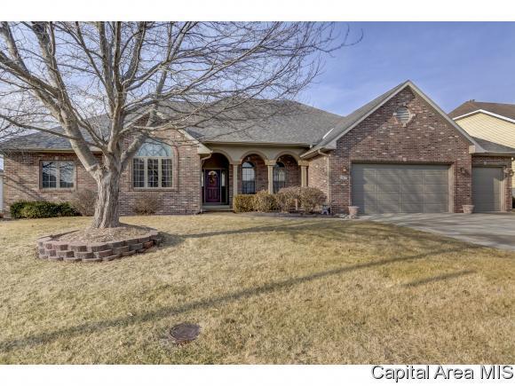 2617 Westport Dr, Springfield, IL 62711 (MLS #180851) :: Killebrew & Co Real Estate Team